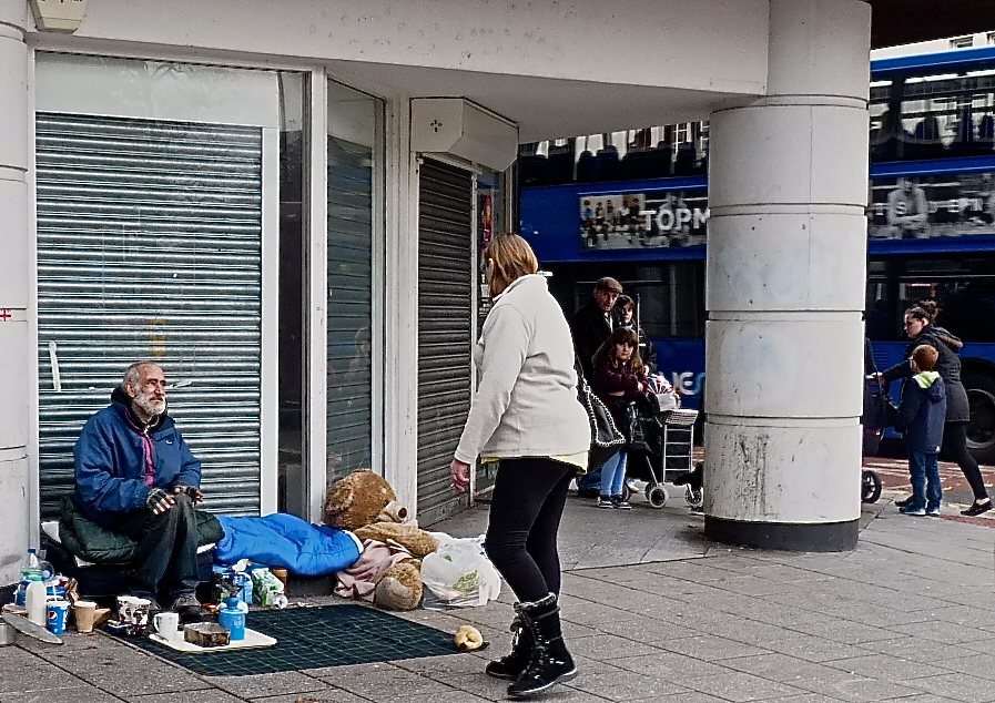 Elderly man sleeping rough in Southampton © Southampton Old Lady